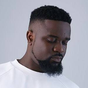 Photo of Sarkodie – Oofeetso