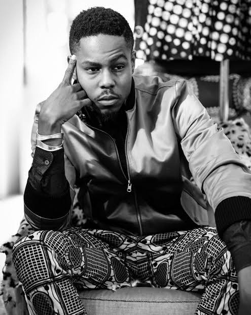 Photo of LadiPoe – Tailor Made