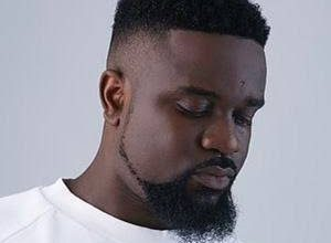Photo of Sarkodie – Lucky ft. Rudeboy