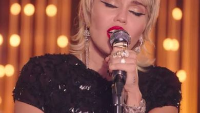 Photo of Miley Cyrus – Midnight Sky in the Live Lounge